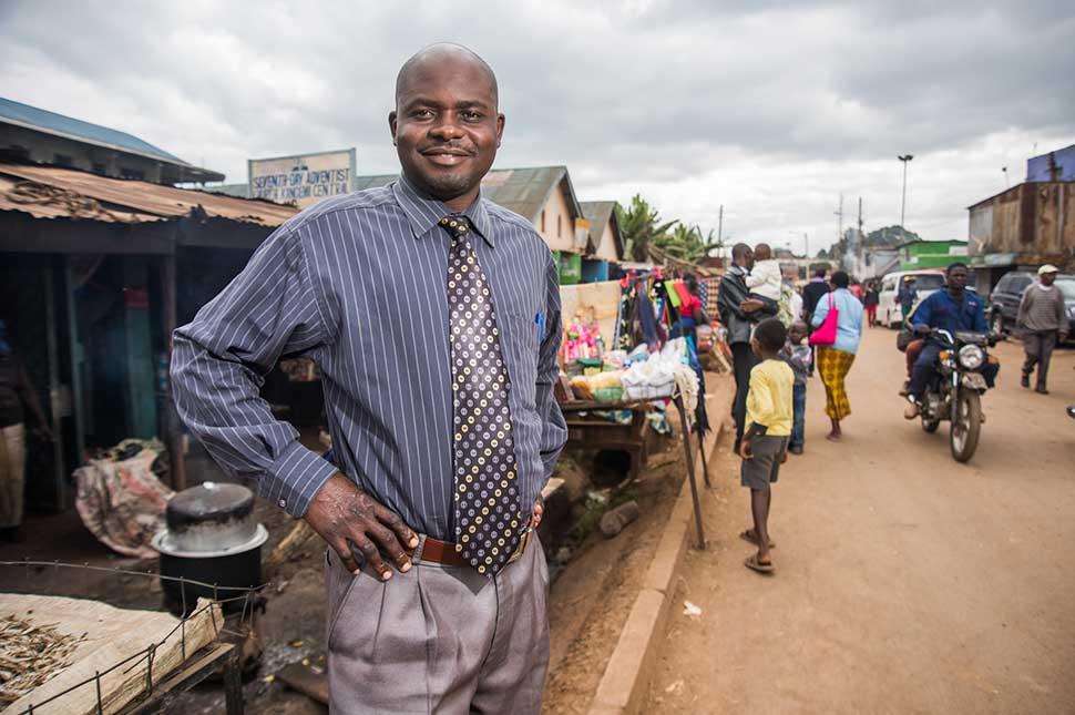 Portrait of Pastor David Opoti Inzofu