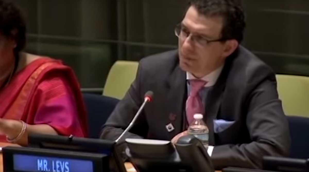 Josh Levs delivers remarks supporting paid family leave at the U.N.