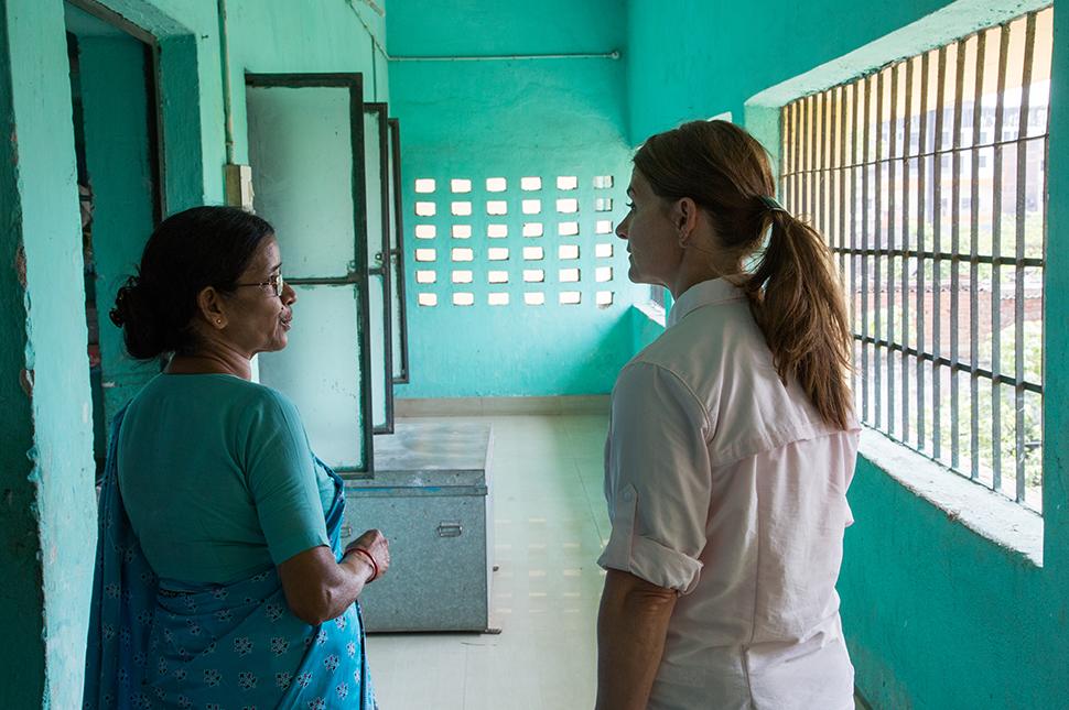 Melinda Gates speaks with Sister Sudha at Prerna School